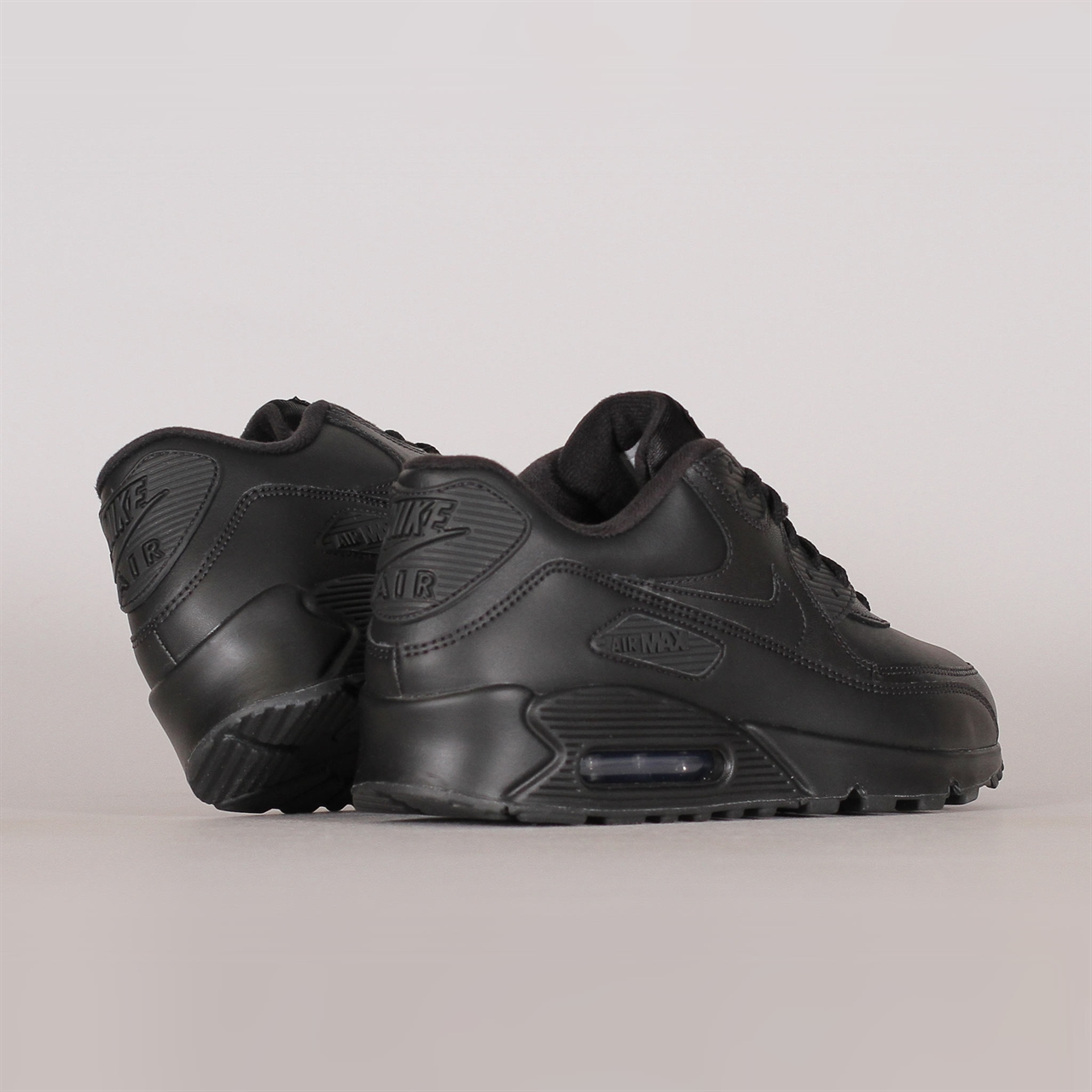 pretty nice a25e1 08684 Nike SportswearNike Sportswear Air Max 90 Leather (302519-001). 1