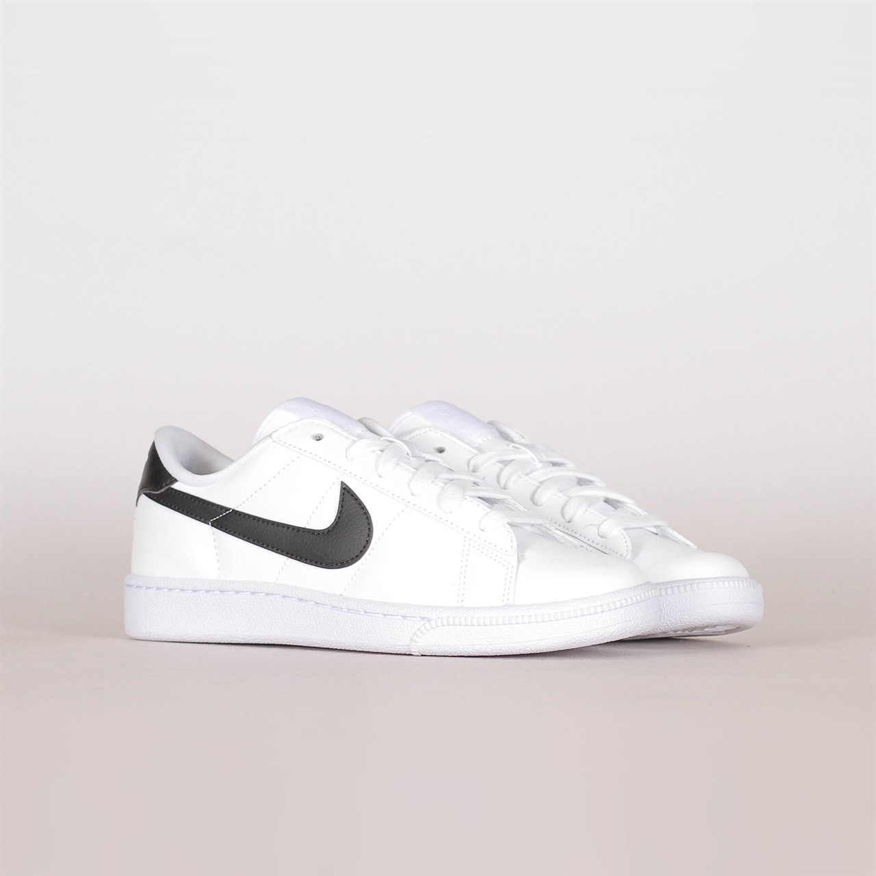 Shelta Nike Sportswear Womens Tennis Classic SI (312498 130)