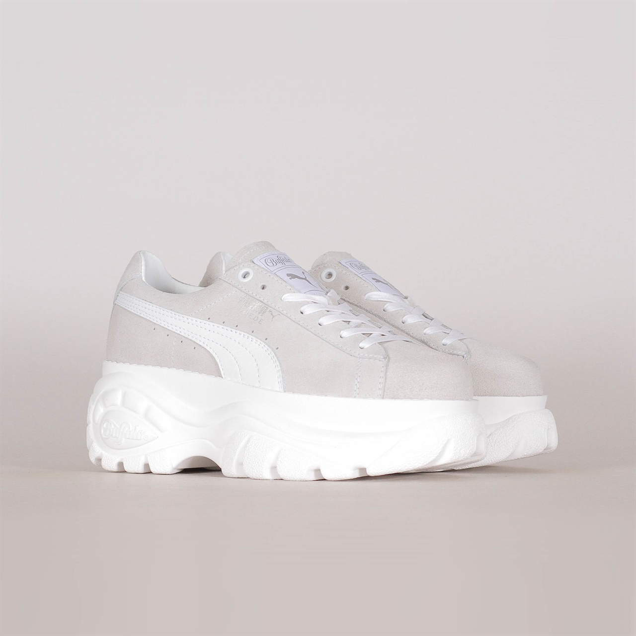 4589ce31b40c x Buffalo Suede Classic White (368499-001). 159 159EUR   a pair. Colorway   Puma ...