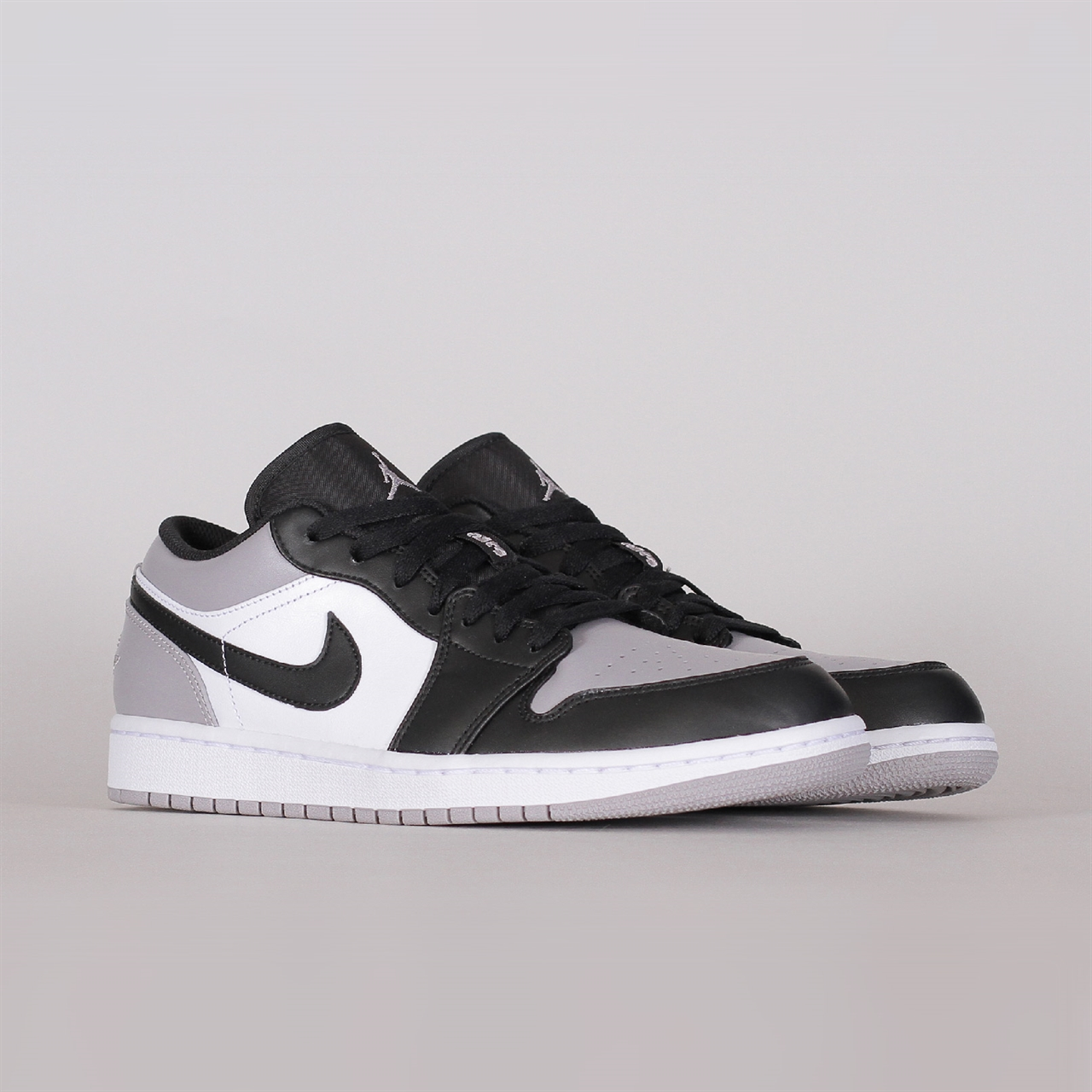 d131da30a50 Nike Air Jordan 1 Low (553558-110) - Shelta