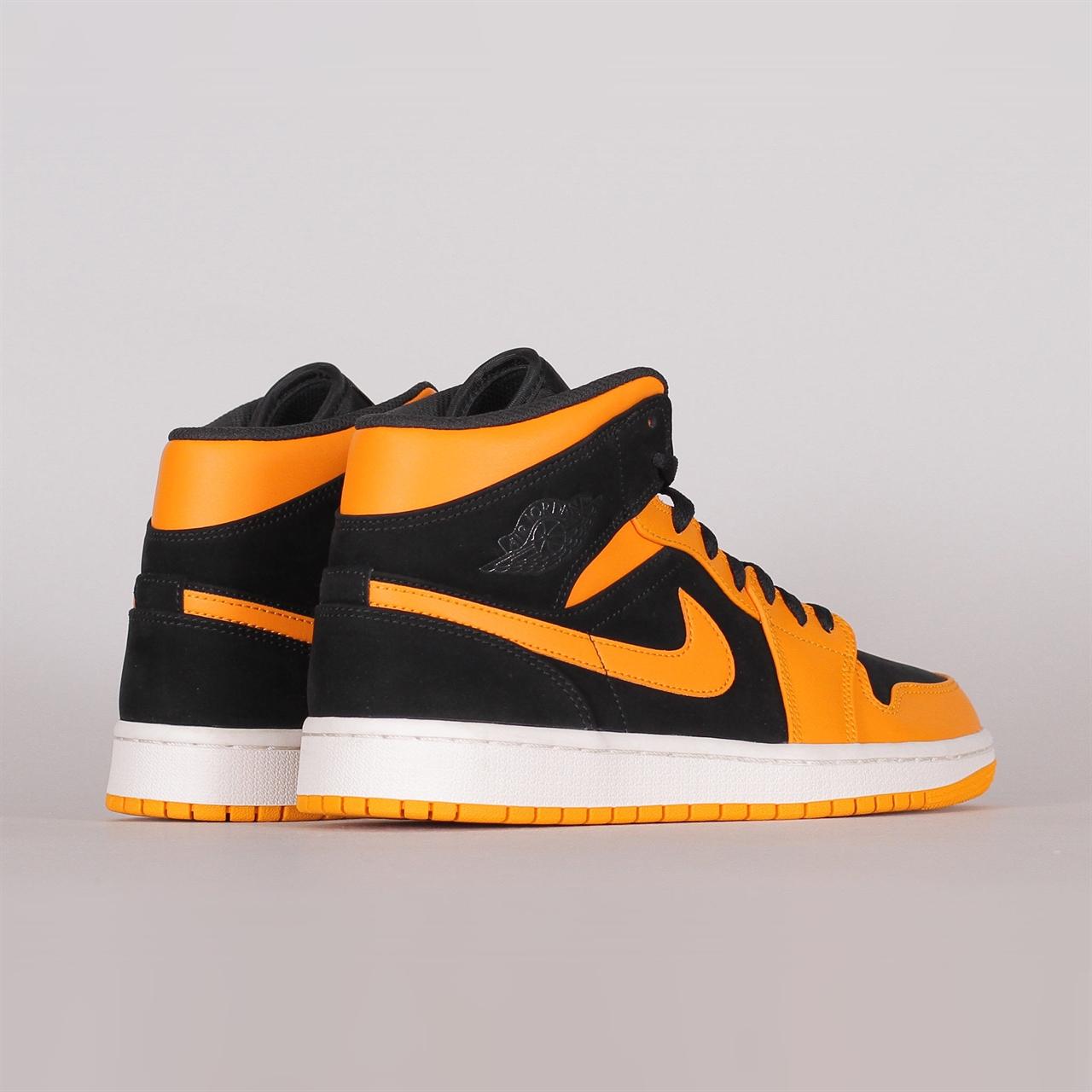 Shelta Nike Air Jordan 1 Mid (554724 081)
