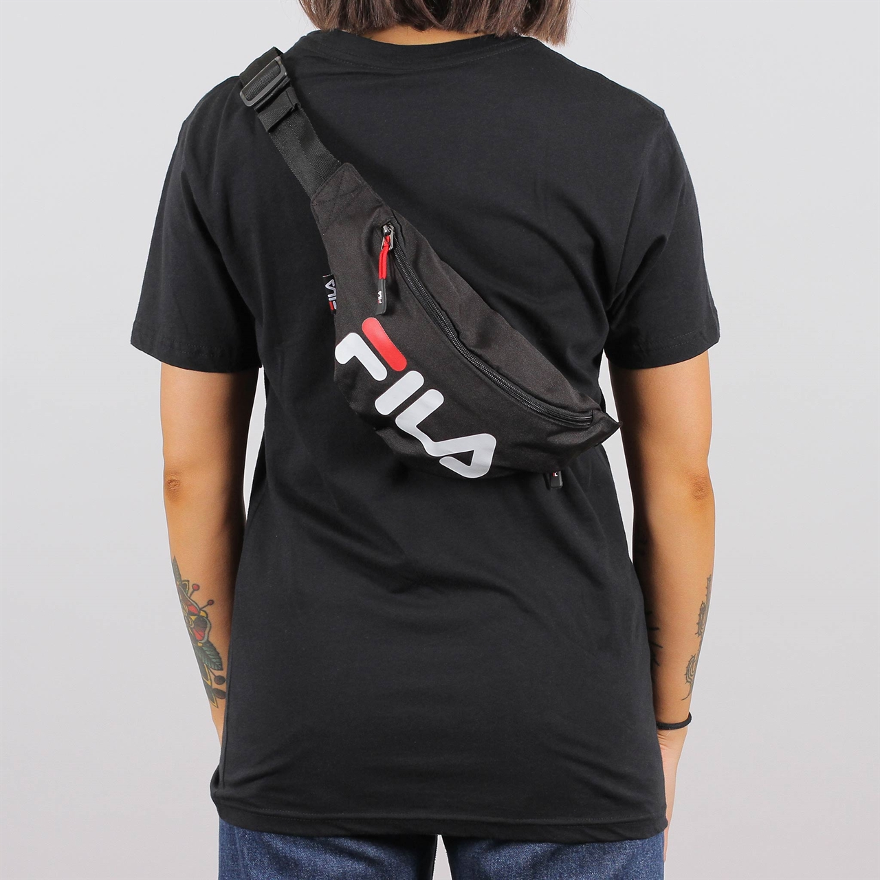 b9e0245dad68 Shelta - Fila Waist Bag Slim (685003-002)