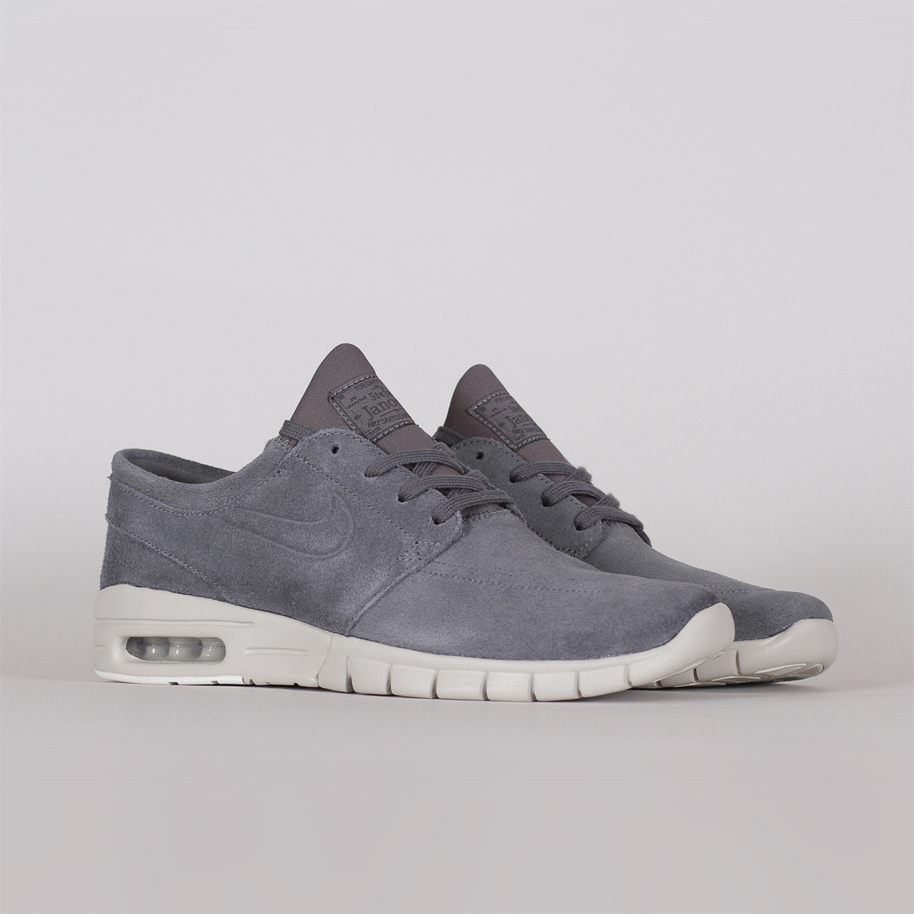 Shelta - Nike SB Stefan Janoski Max L (685299-010) 4aa08a7fe0