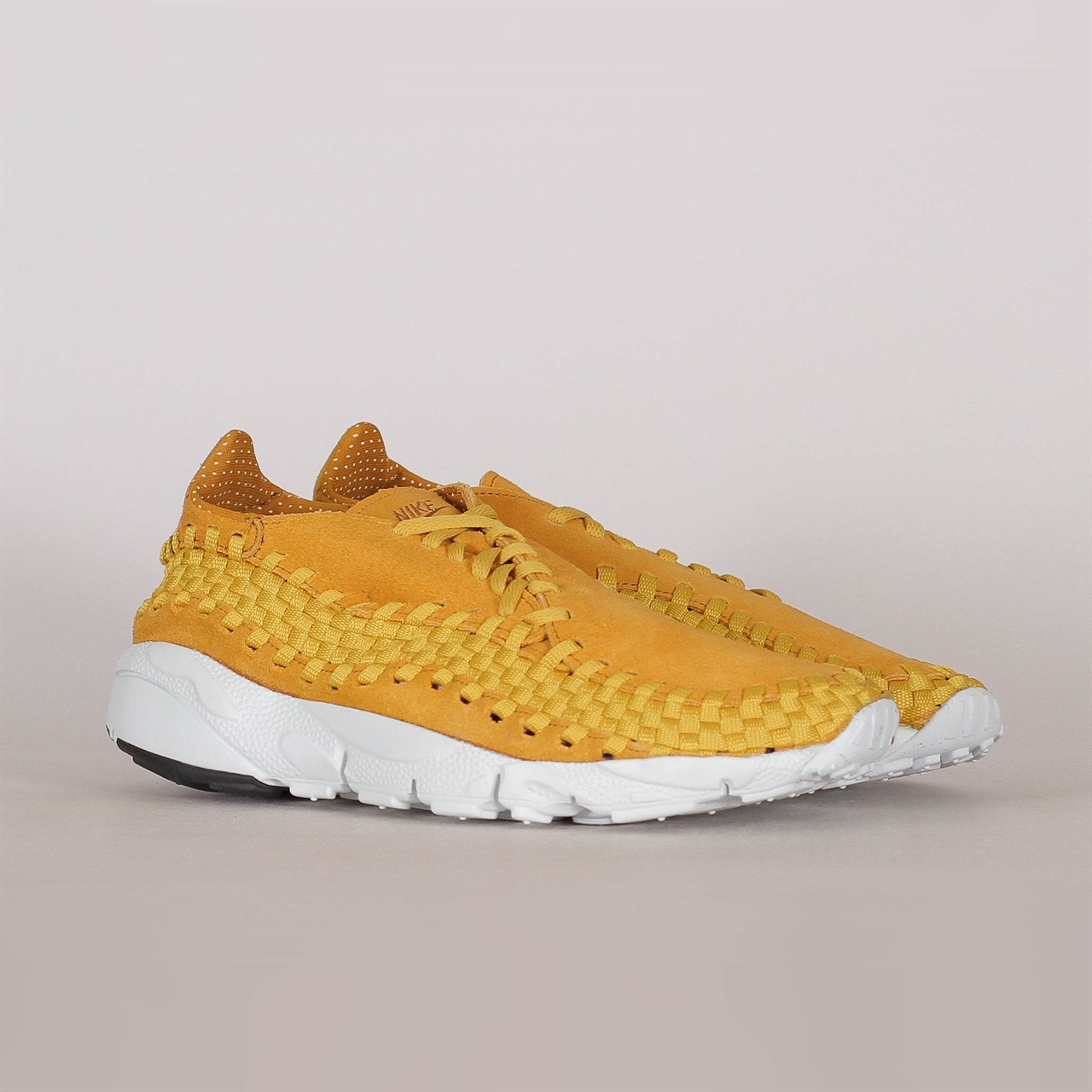 on sale 2fbec d0184 Air Footscape Woven NM (875797-700)