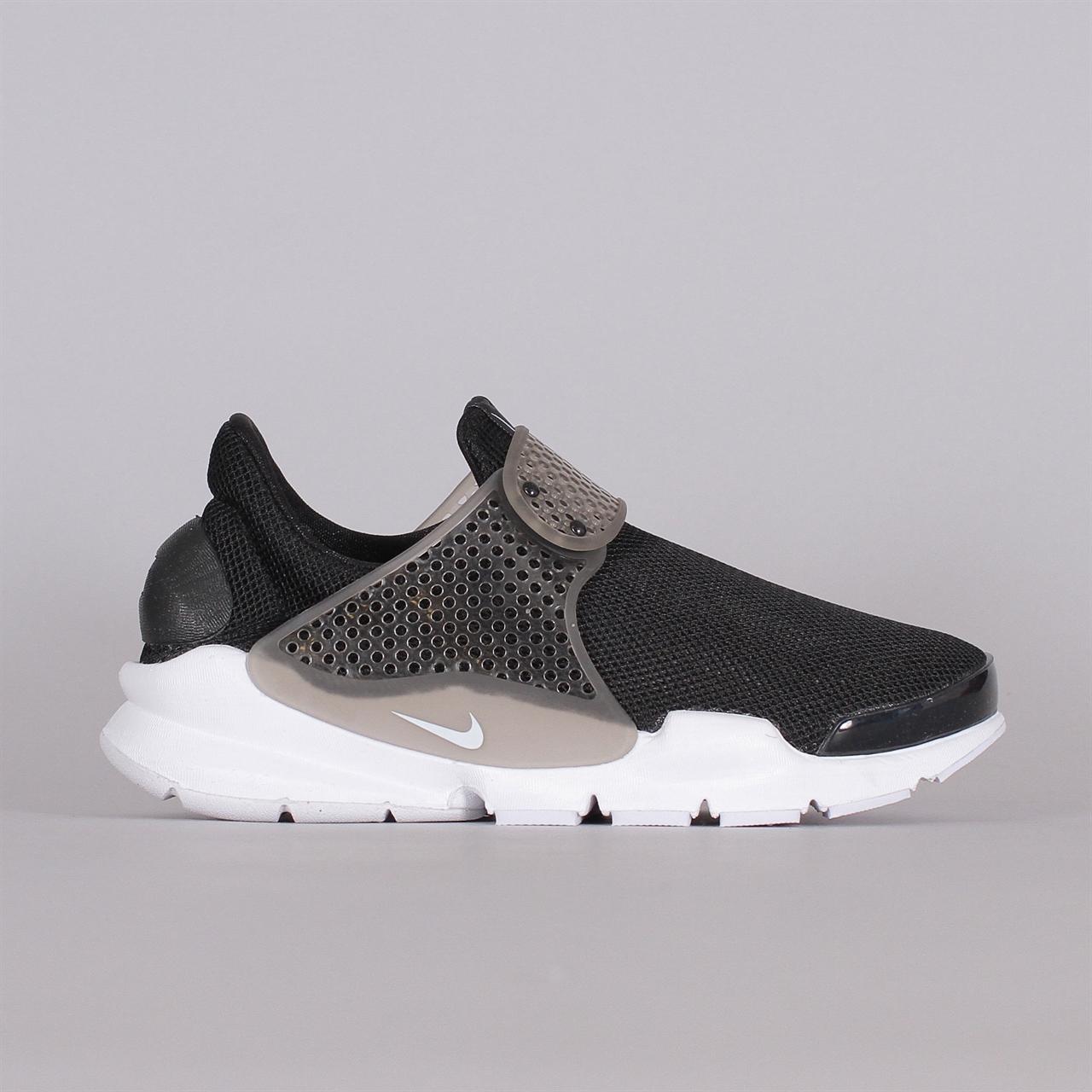 Shelta - Nike Sportswear Womens Sock Dart BR (896446-001) 7c07dd0ac5