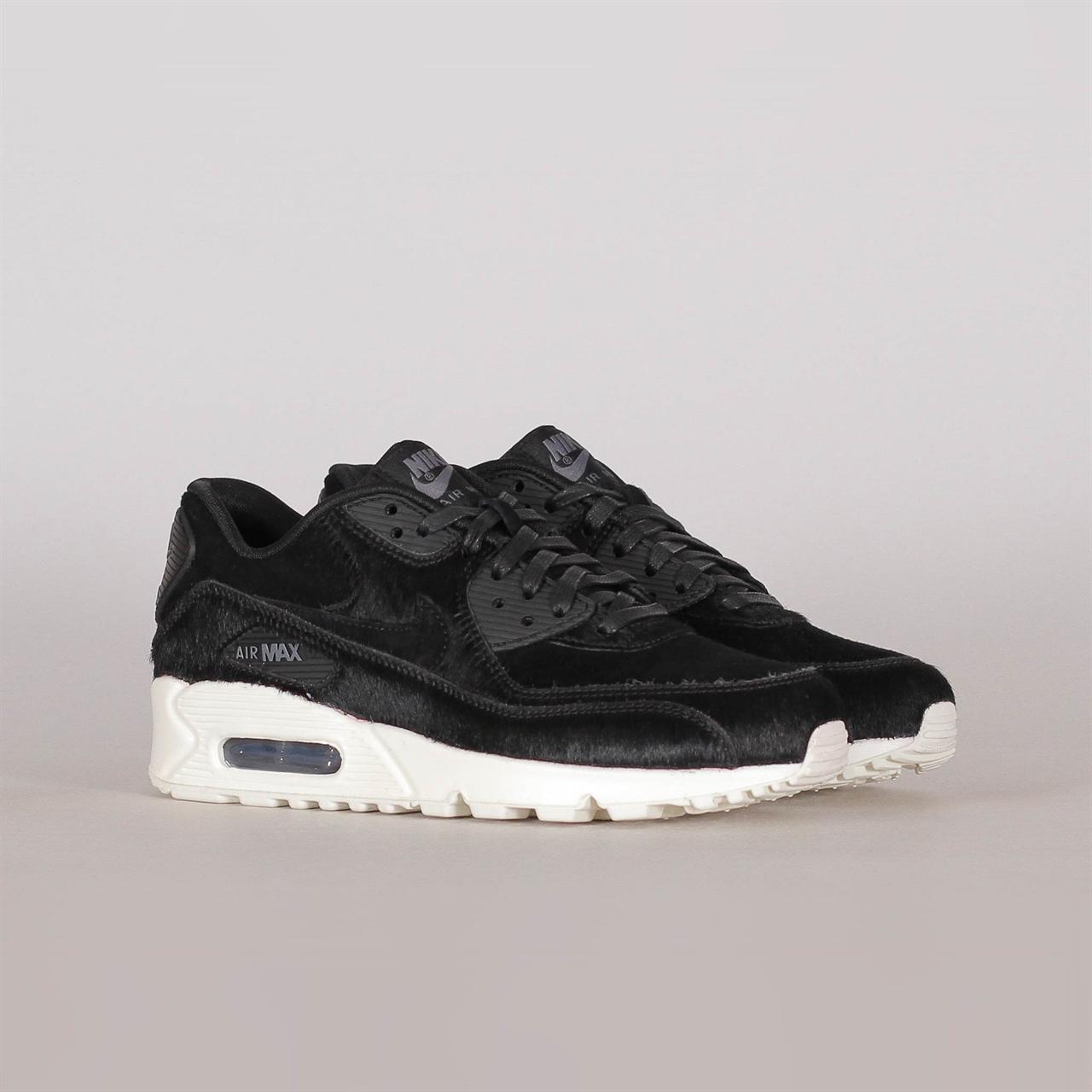 purchase cheap 19dc8 97a04 Shelta - Nike Sportswear Womens Air Max 90 LX (898512-006)