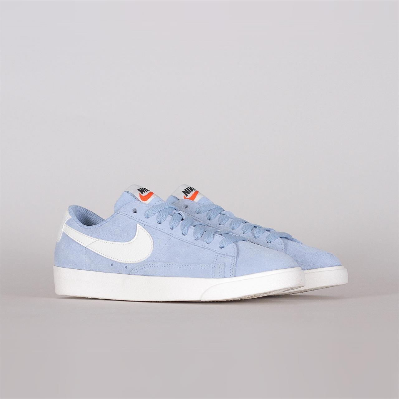 huge discount d2197 4b75d Shelta - Nike Sportswear Womens Blazer Low SD (AA3962-404)