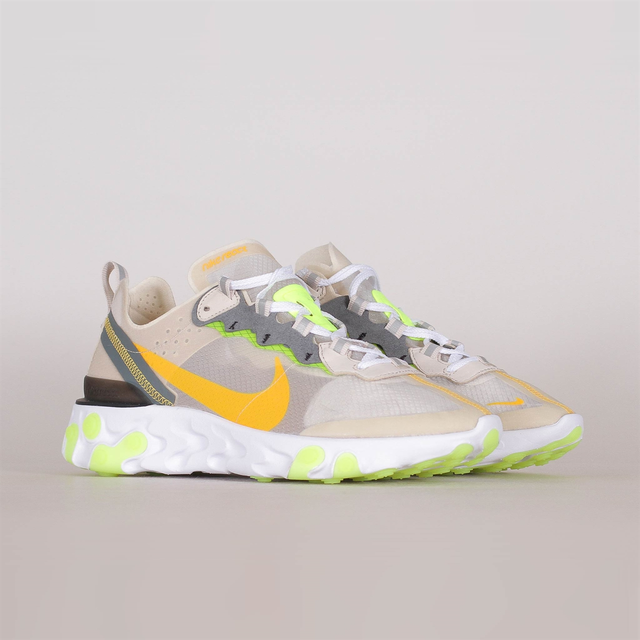 Shelta - Nike React Element 87 (AQ1090-101) ac38d76b6e