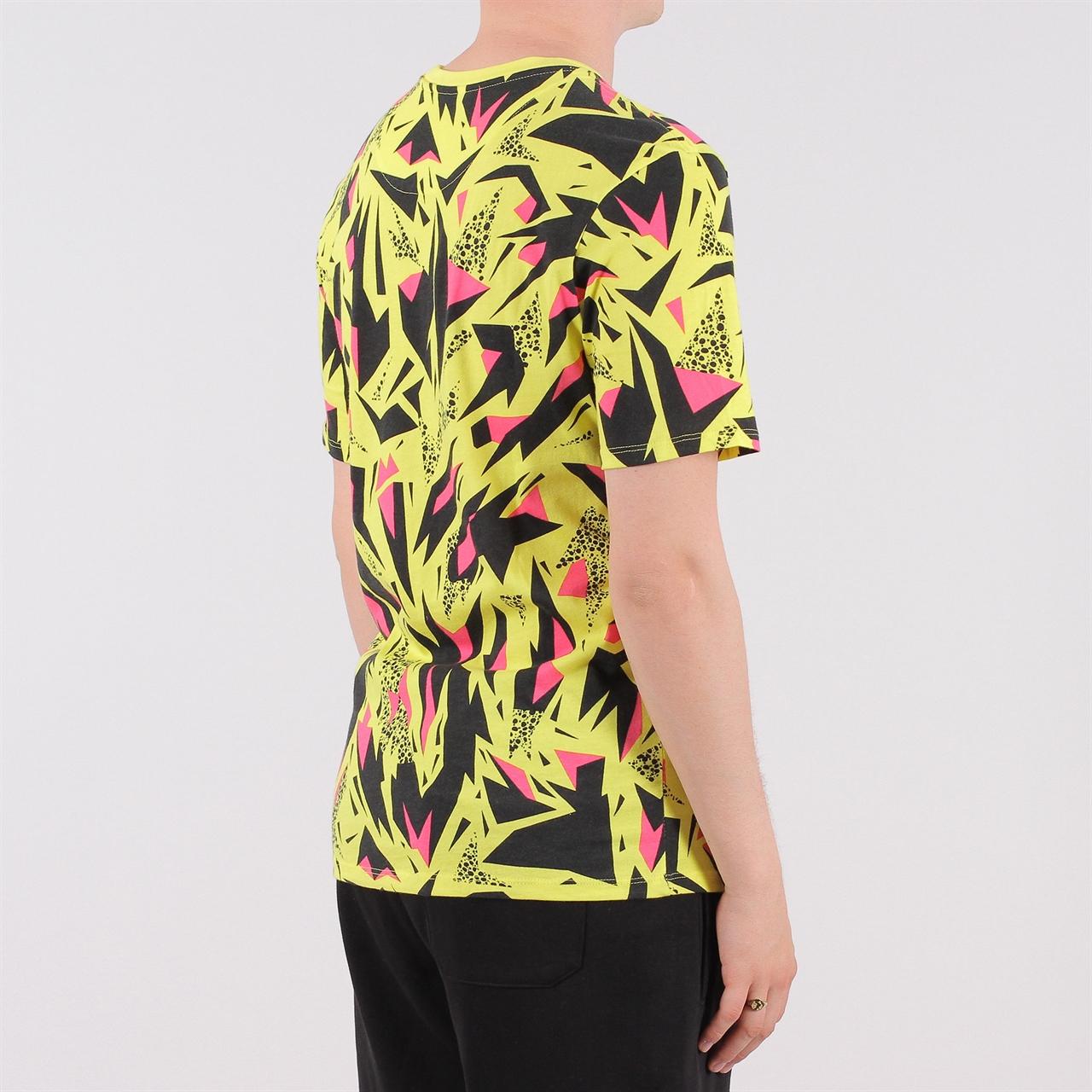 fd94590a Shelta - Nike Sportswear AOP 90s Tee (AQ4391-740)
