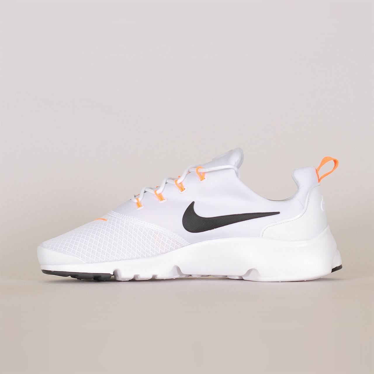 8b17a44e088 Shelta - Nike Sportswear Presto Fly Just Do It (AQ9688-100)