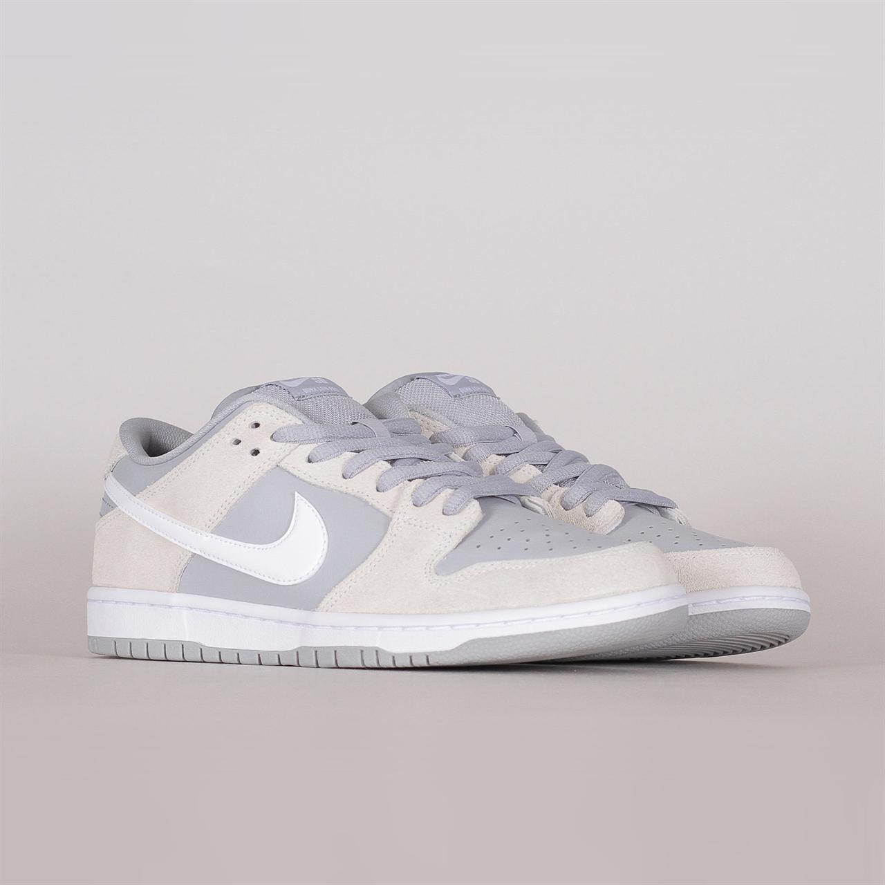 1b2c9237713f Shelta - Nike SB Dunk Low TRD (AR0778-110)
