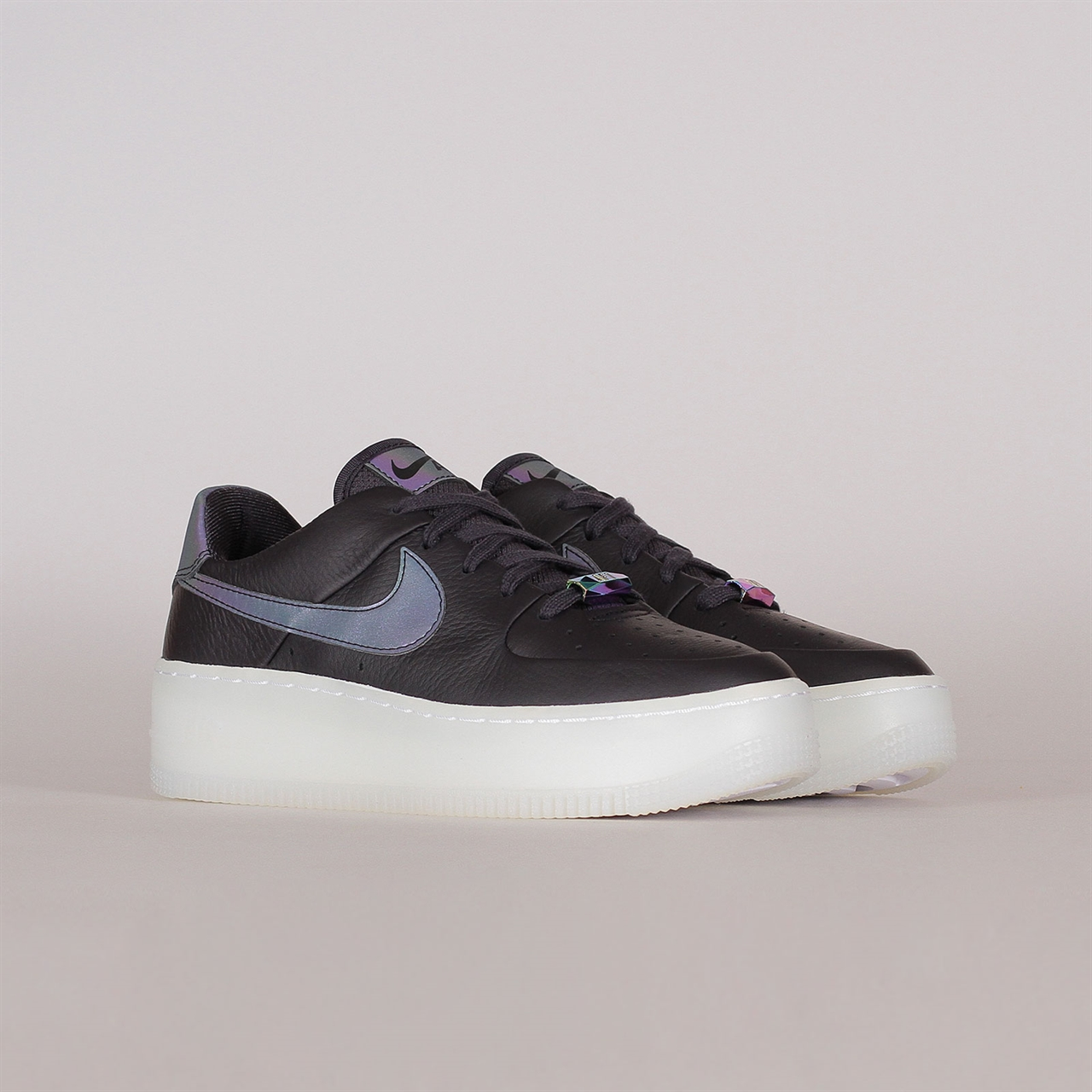 Air Force 1 Sage Low Women's Shoe | Nike air force, Nike air