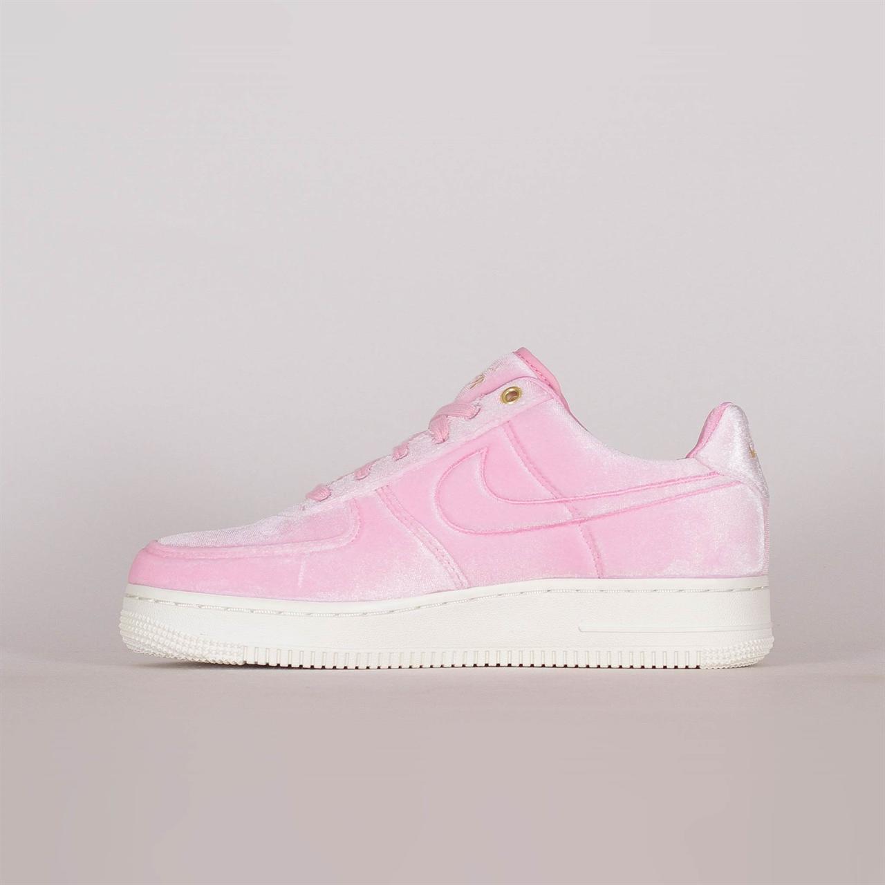 sports shoes 579eb 5f850 NikeNike Air Force 1 07 Premium 3 (AT4144-600). 1