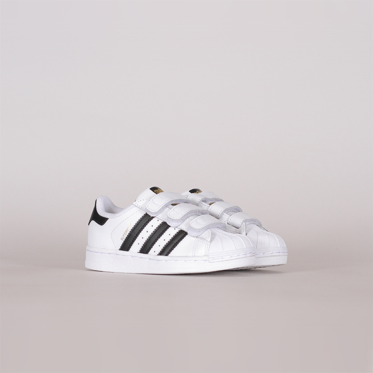 801770e27b0d86 ... closeout shelta adidas originals superstar foundation cf kids b26070  bea6e c01d3