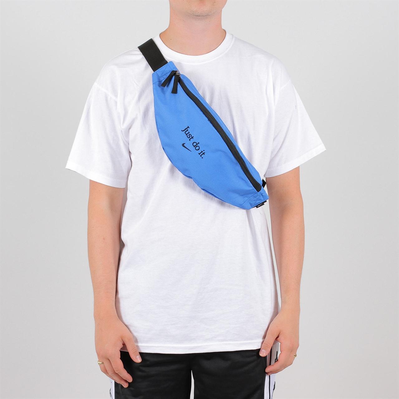 652086540b04 Shelta - Nike Sportswear Heritage Hip Pack (BA5781-403)