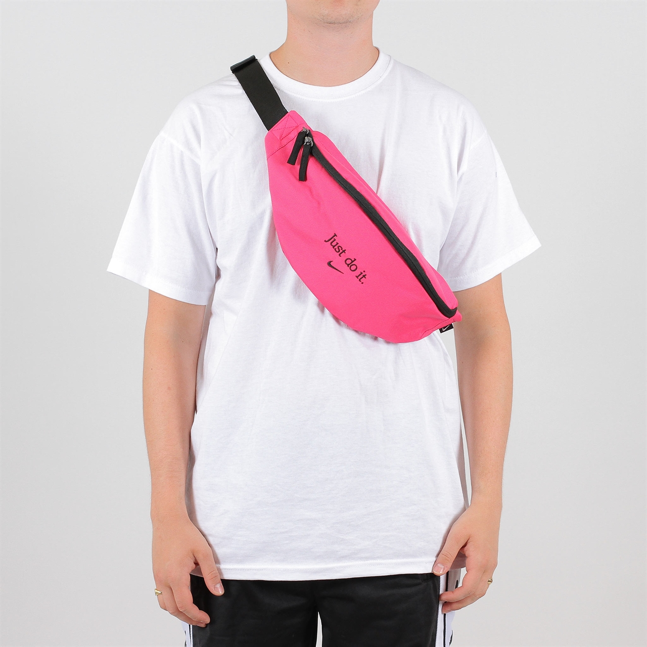 Shelta Nike Sportswear Heritage Hip Pack (BA5781 674)