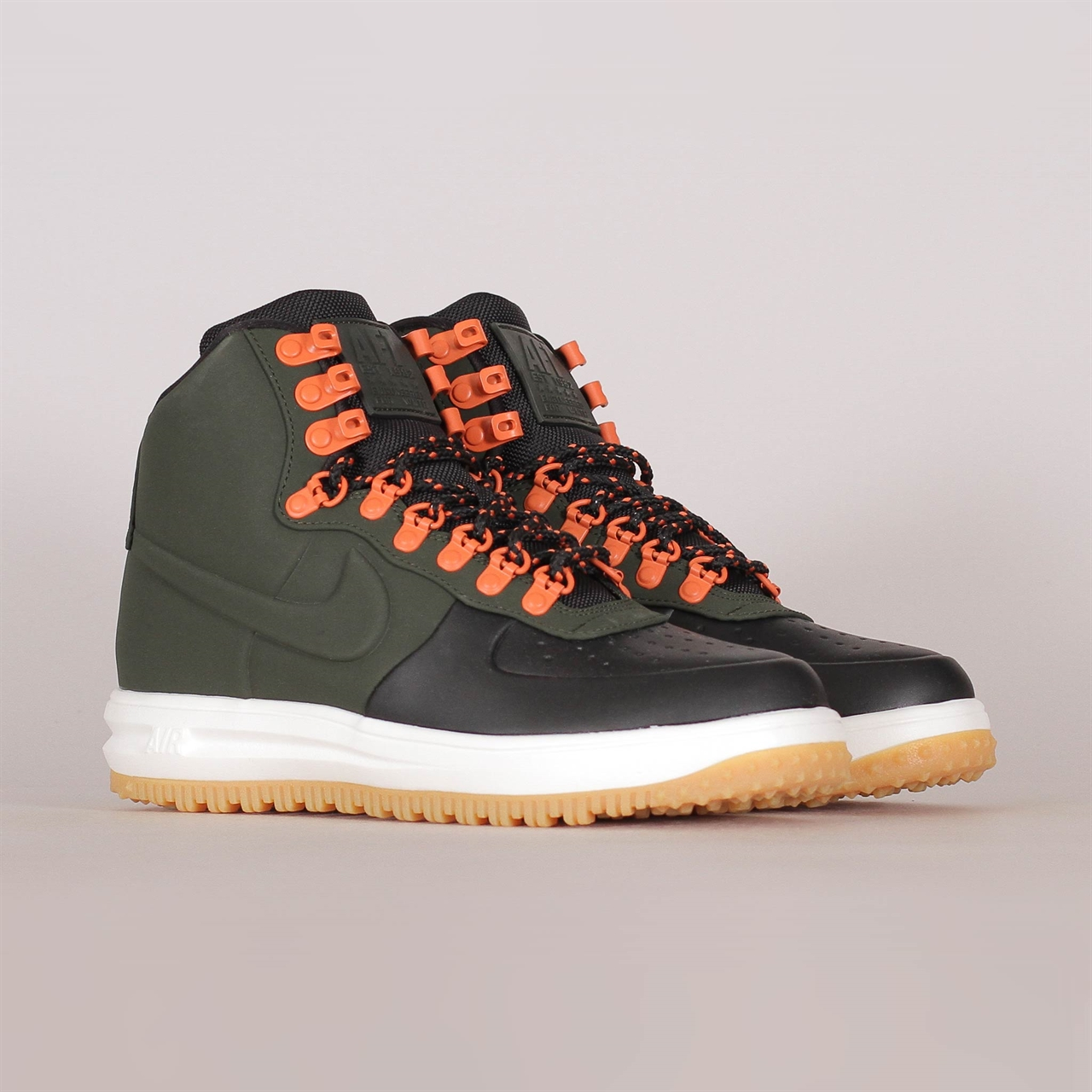 Lunar Force 1 Duckboot 18 (BQ7930-004). 189EUR   a pair. Colorway  Black  Sequoia Sail Gum Light Brown 30ff7057dc639