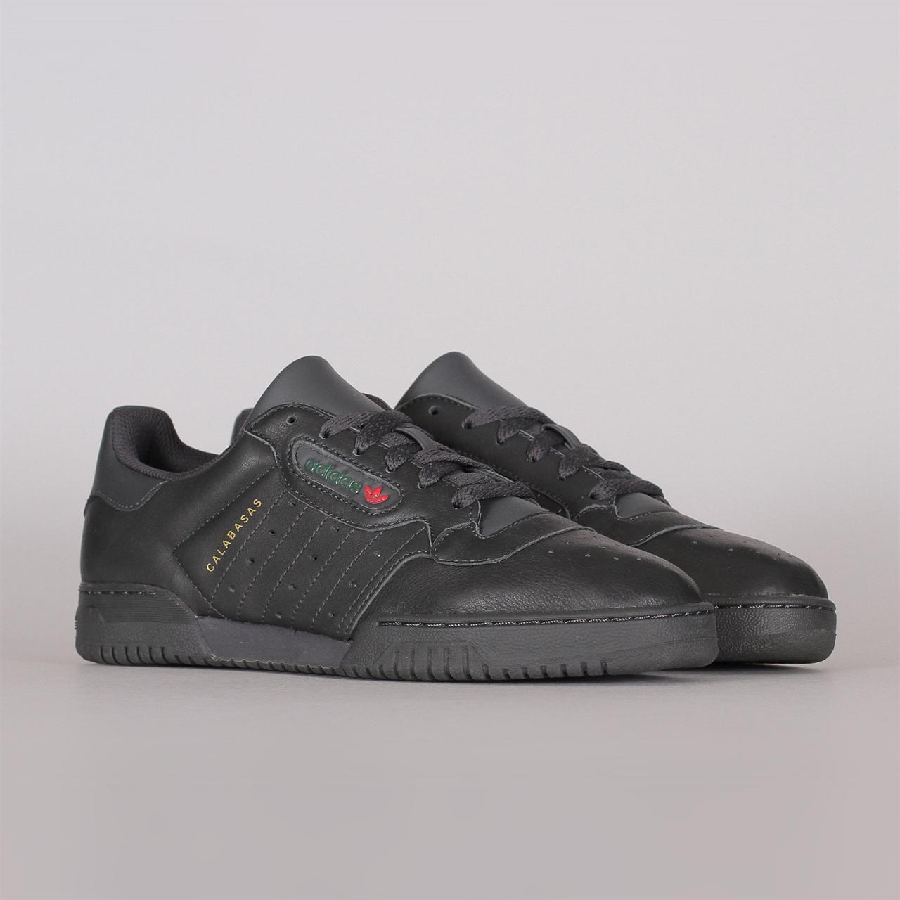 8884aed42404 Shelta - Adidas Originals Yeezy Powerphase (CG6420)