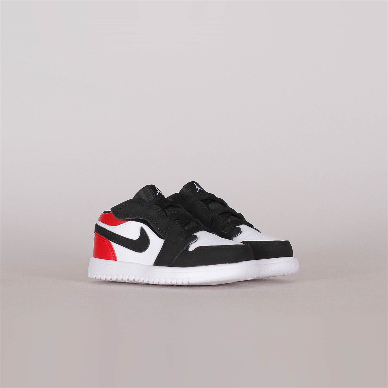e9a1cd46180 Shelta - Nike Air Jordan 1 Low Toddler Black Toe (CI3436-116)