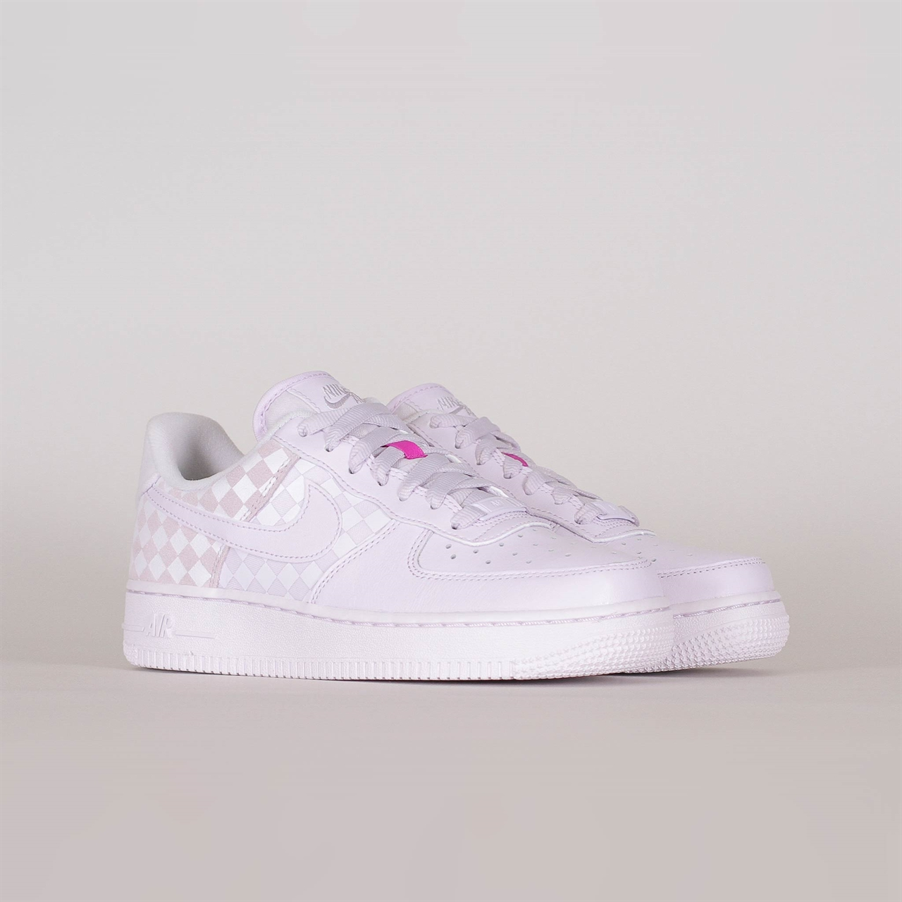 newest 44ab2 cce7f Shelta - Nike Womens Air Force 1 Low (CJ9700-500)