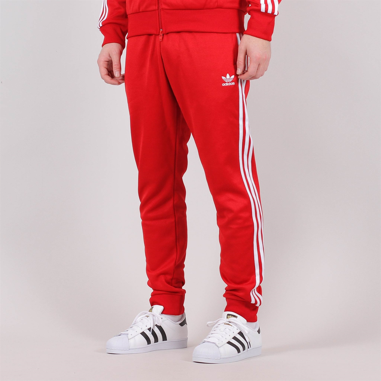 4e509269eec6 Shelta - Adidas Originals Superstar Trackpant Red (DV1534)