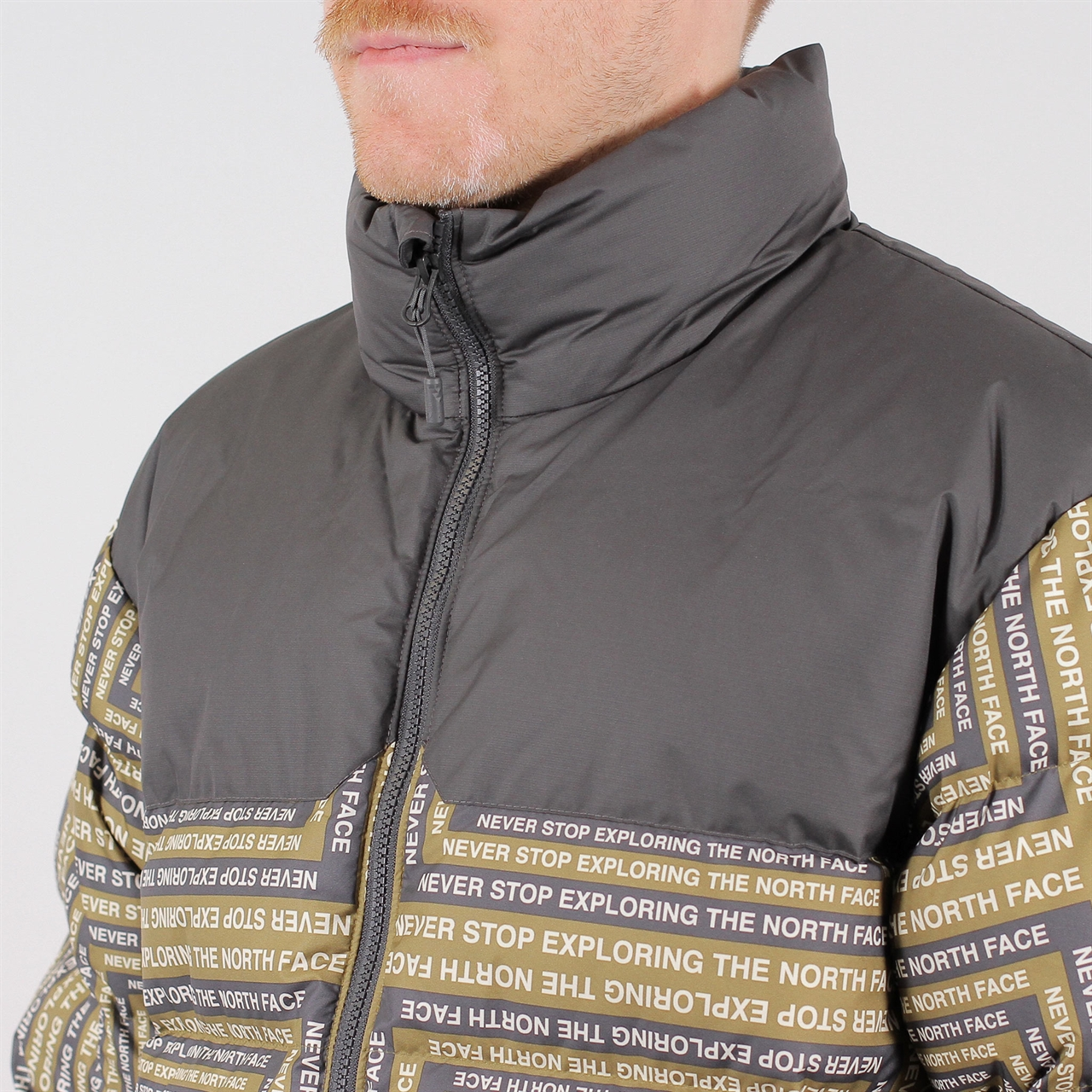 f68b15f368 The North FaceThe North Face 1992 Nuptse Jacket Print (T92ZWE5XN). 1