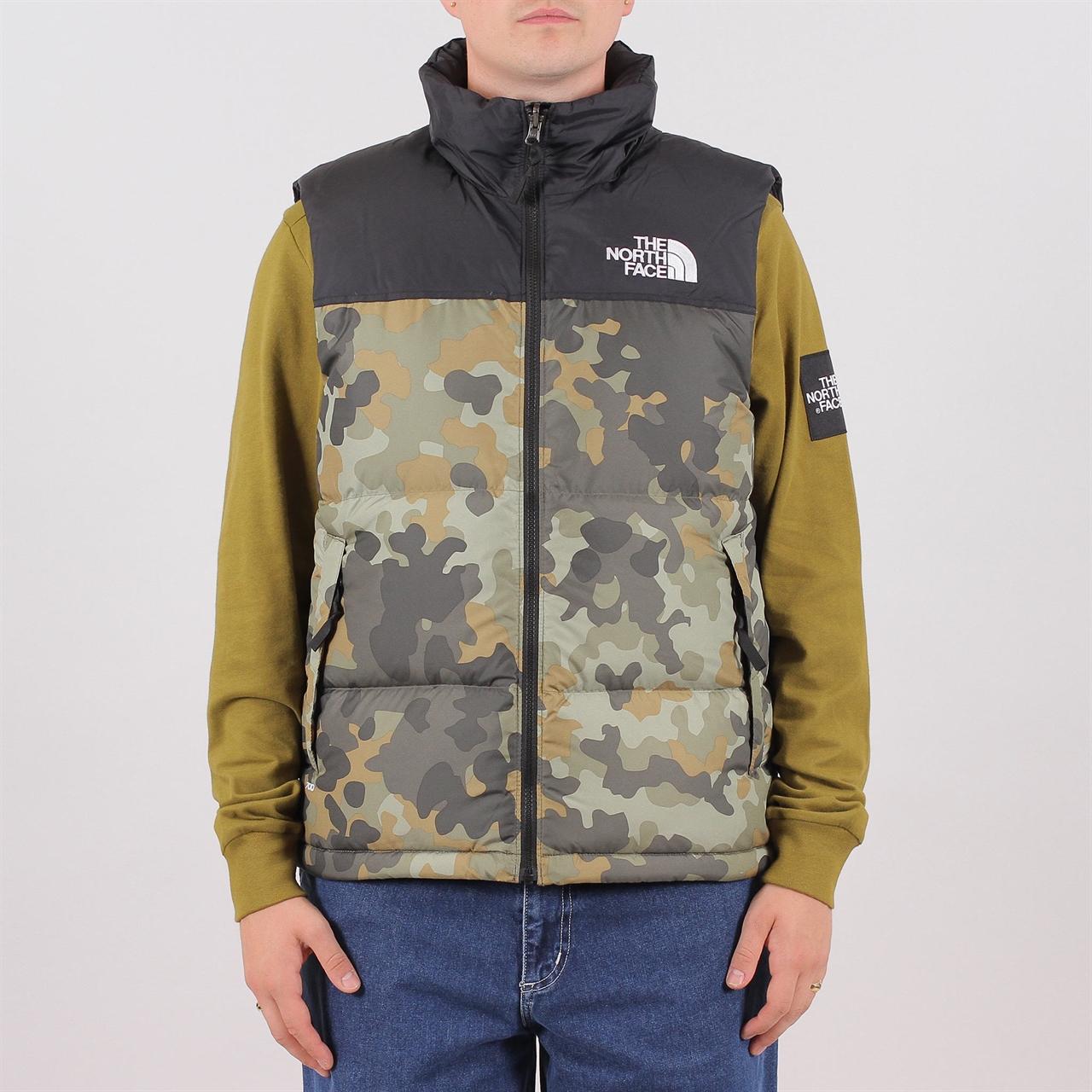 b8cc5d1aaf2e4b The North Face 1996 Retro Nuptse Vest