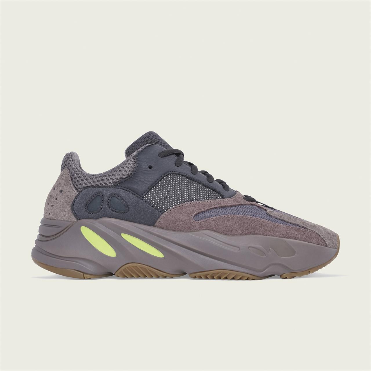 f4c666e64e8e Shelta - Adidas Originals Yeezy Boost 700 (EE9614)
