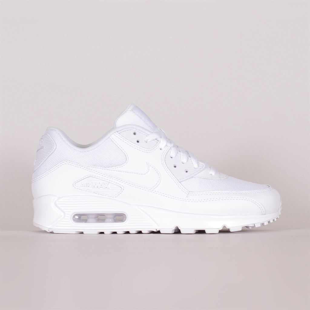 Nike Sportswear Air Max 90 Essential (537384 111)