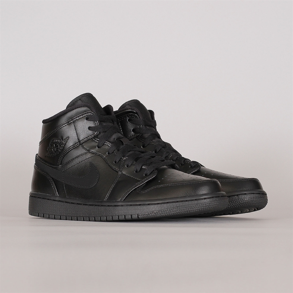 buy online bcb10 c037a Shelta - Nike Air Jordan 1 Mid Black (554724-090)