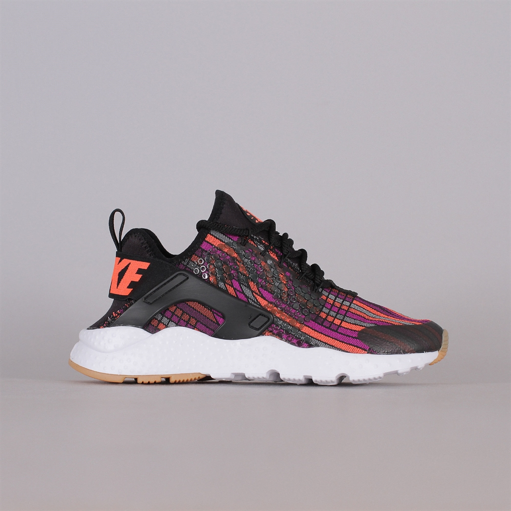 Shelta Nike Sportswear Womens Air Huarache Run Ultra Jacquard