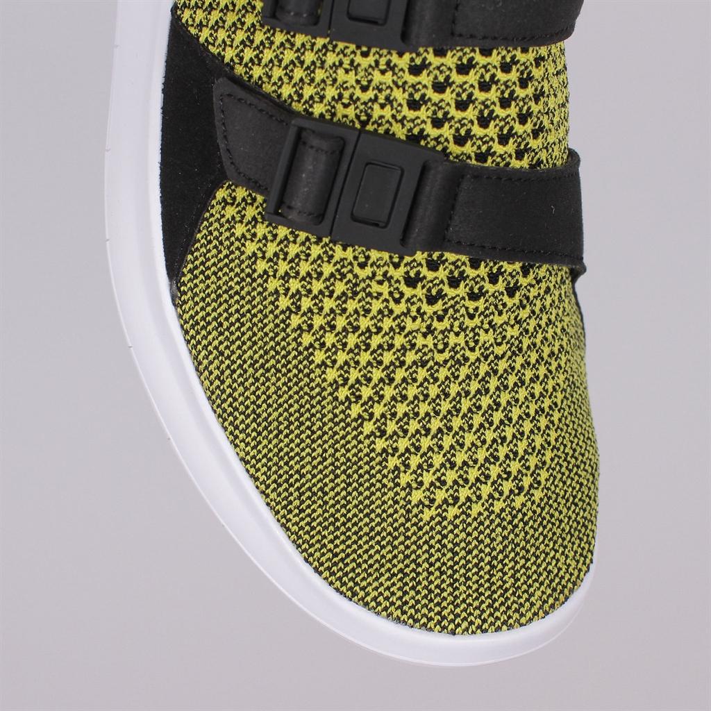 Nike Air Sockracer Flyknit Women's Athletic Sneakers 896447