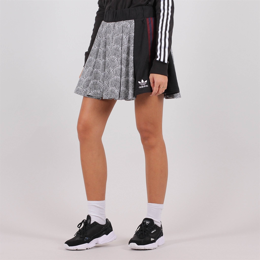 46aa9f000db Adidas Originals Shell Tile Pleated Skirt
