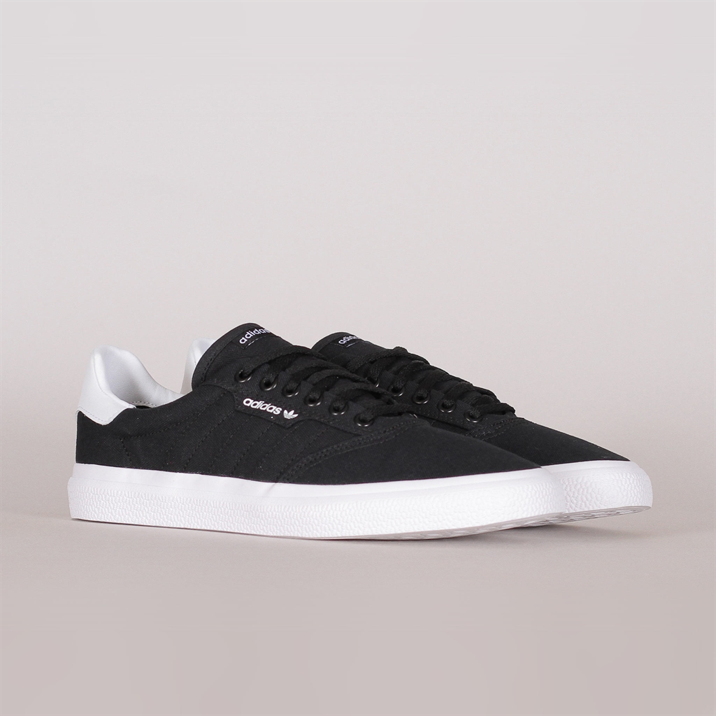 e227616331f Adidas Skateboarding 3MC (B22706). Adidas Originals