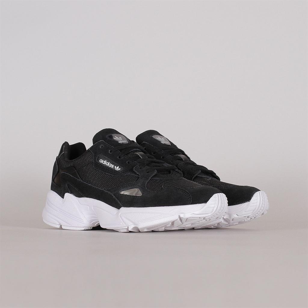 Shelta Adidas Originals