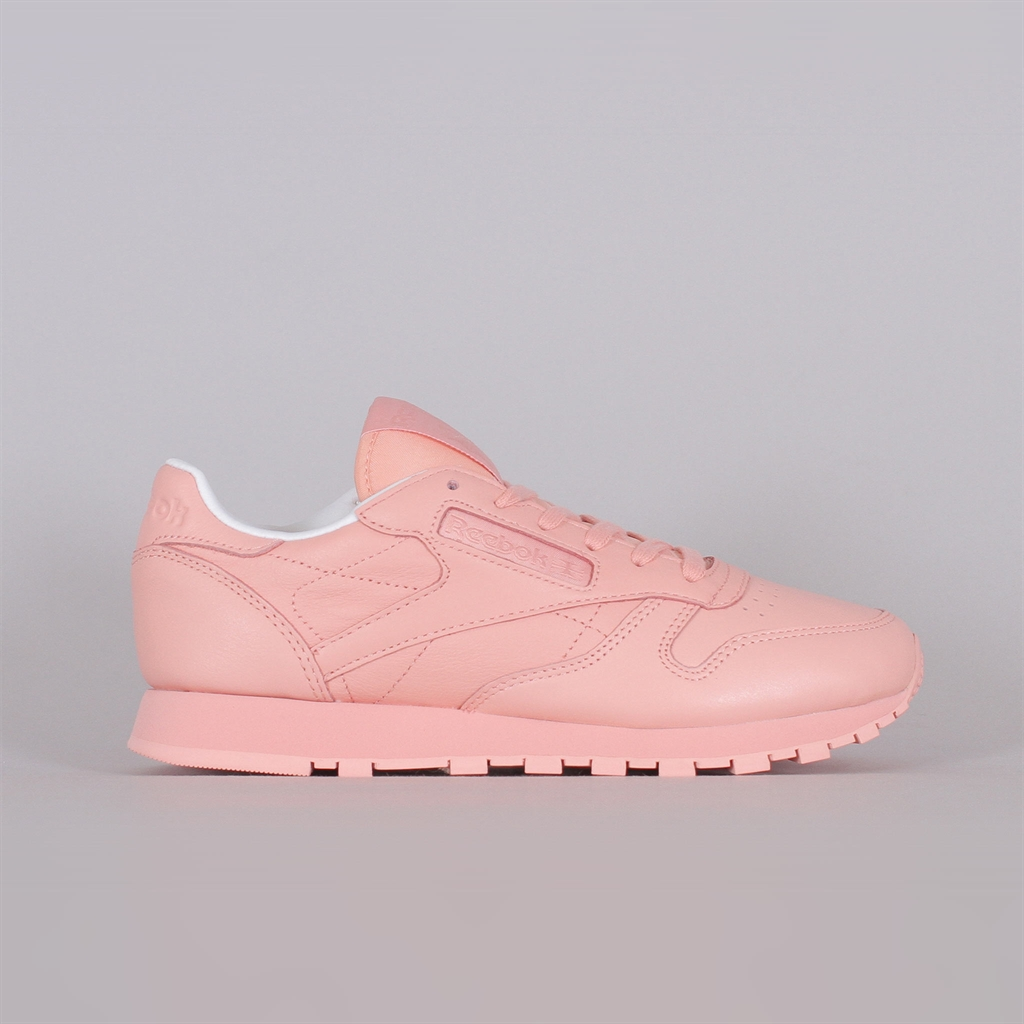 brand new 44a70 56c42 Shelta - Reebok Womens Classic Leather Pastel (BD2771)