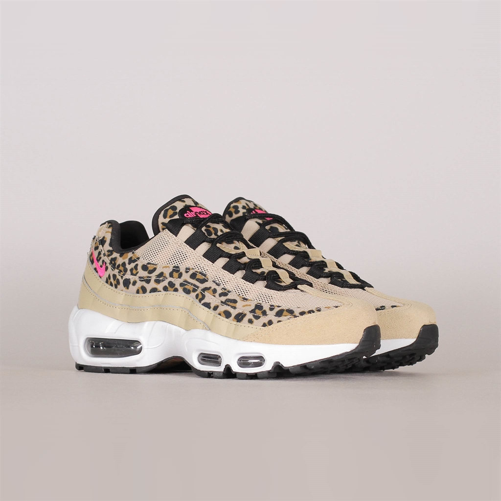 free shipping 1693b e6826 Shelta - Nike Womens Air Max 95 Premium (CD0180-200)