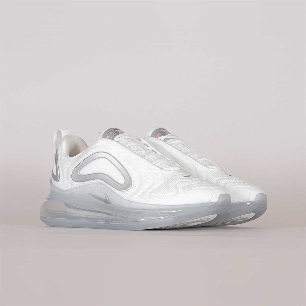 Nike Wmns Air Max 720 | CT3430 001 | Gray | Sneakers | Skor | Footish