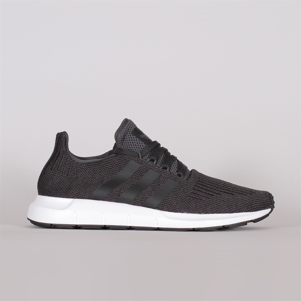 Adidas Originals Swift Run (CQ2114)