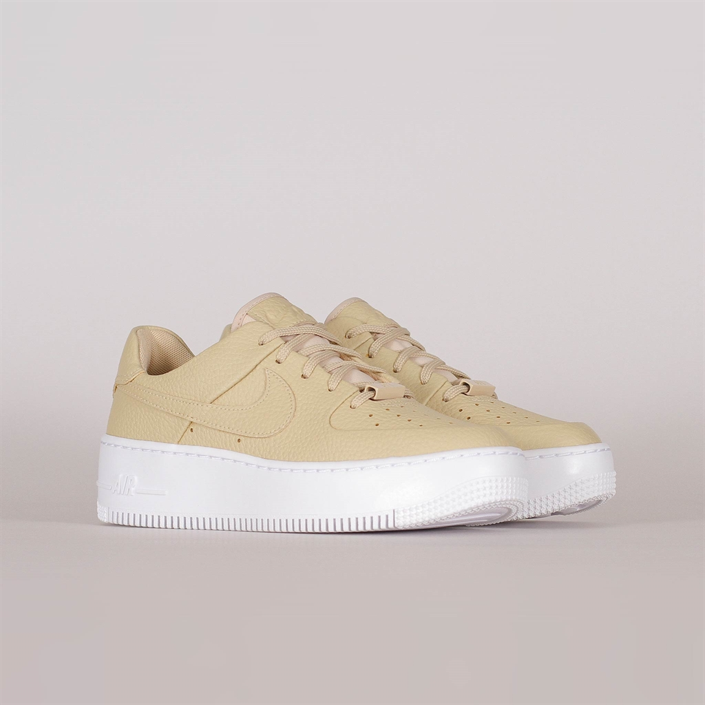 timeless design 6fc97 ca36e Shelta - Nike Womens Air Force 1 Sage Low 2 (CT0012-200)