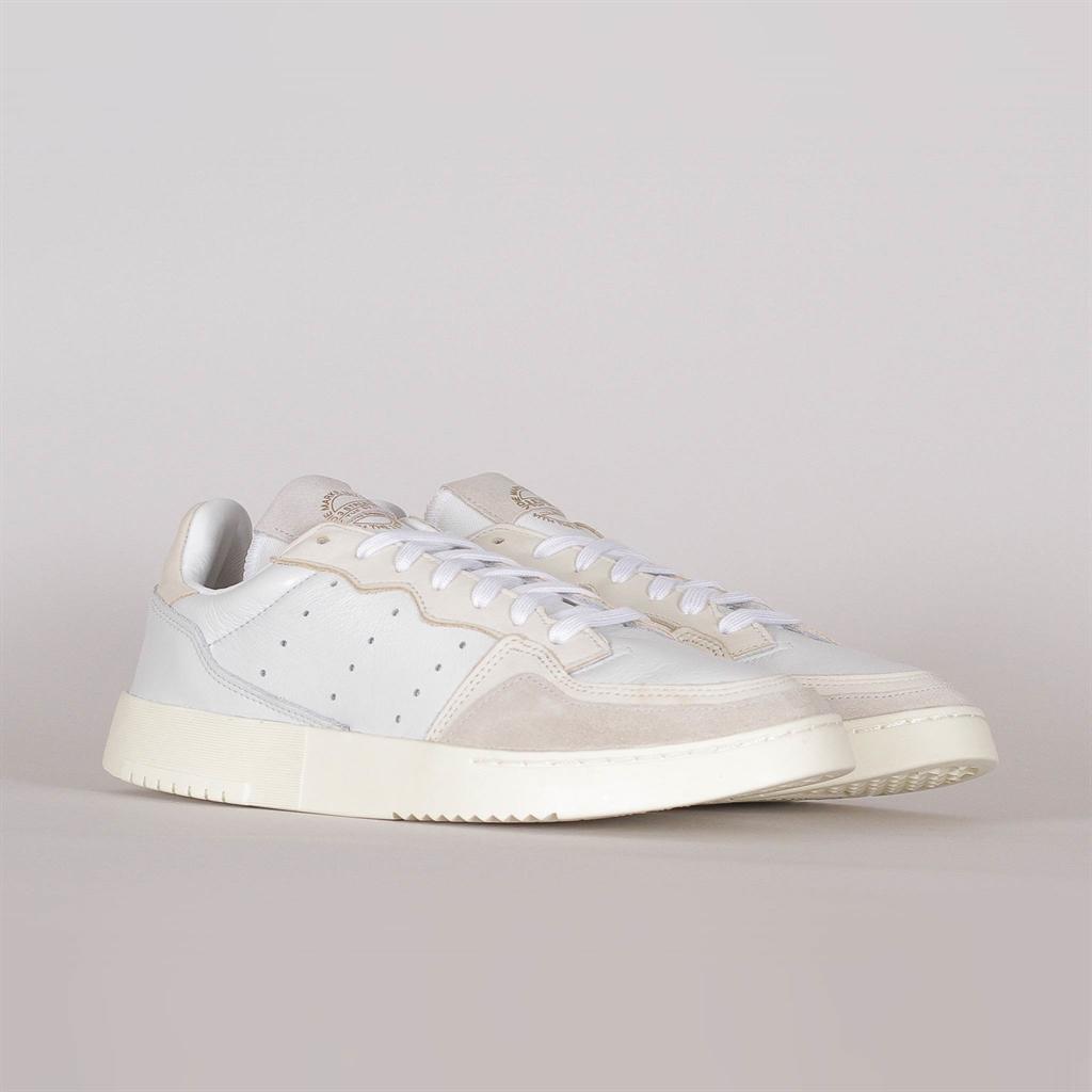 Shelta Adidas Originals Supercourt (EE6024)