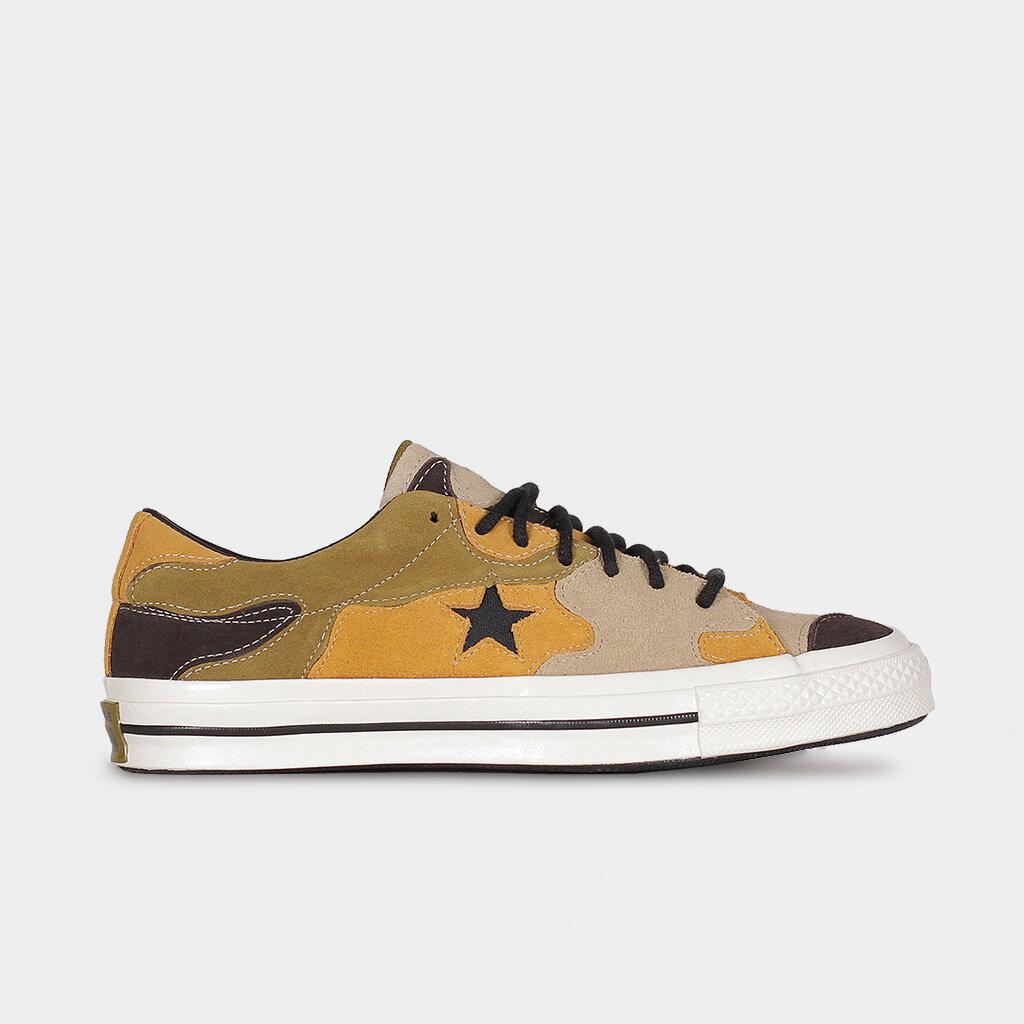 converse one star camo