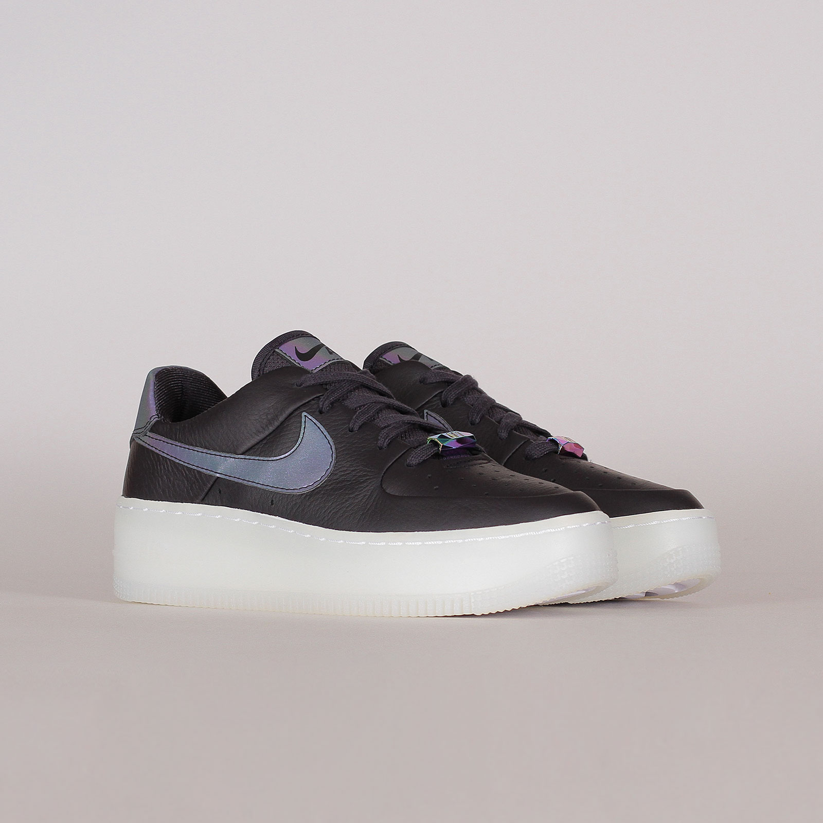 Nike Womens Air Force 1 Sage Low LX (AR5409 004)