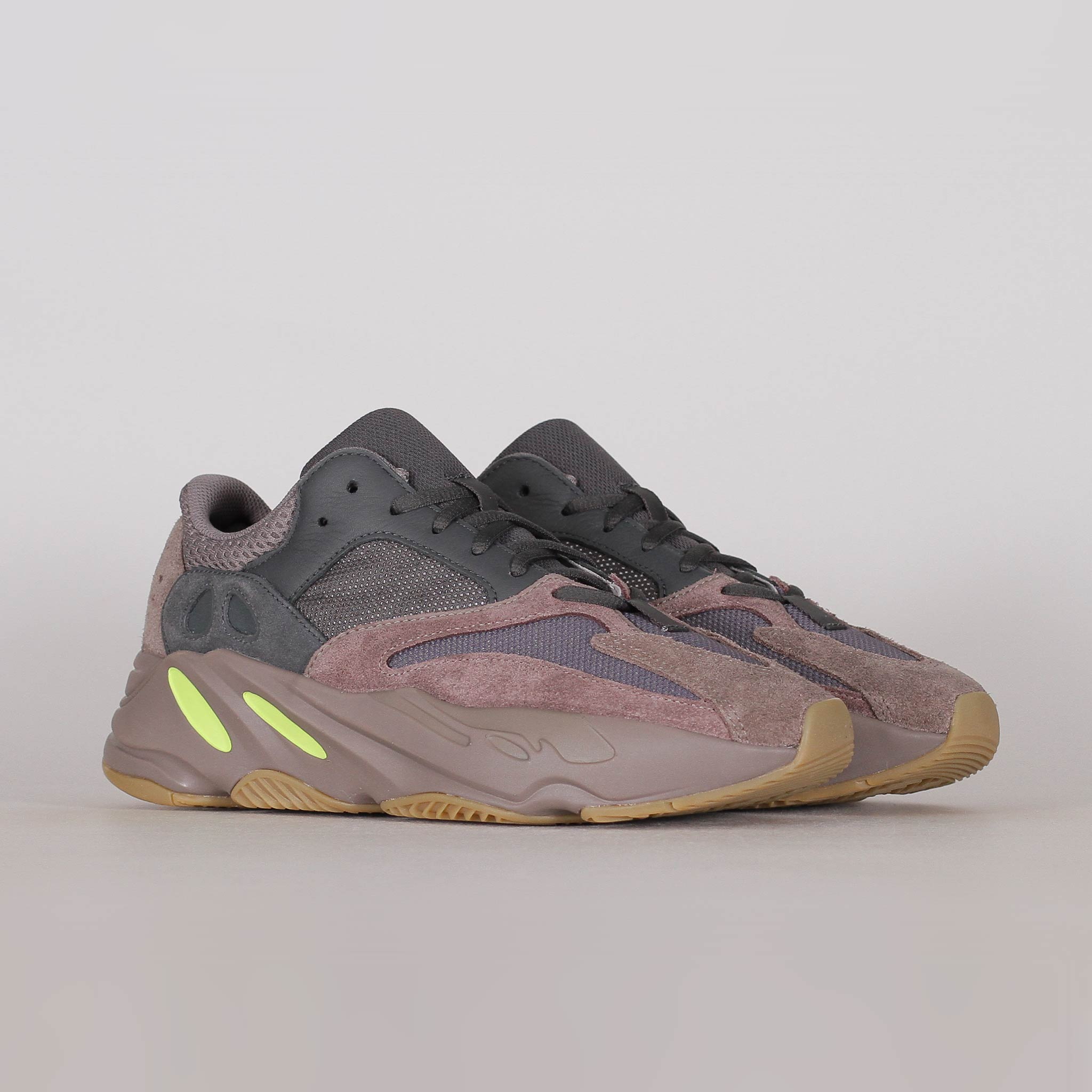 Adidas Yeezy Boost 700 Mauve (EE9614)