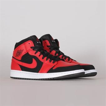 Jordan Nike Air 1 Mid 4076bc0a6318