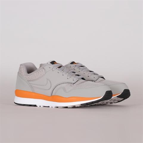 premium selection cd679 0a487 Nike Sportswear Air Safari (371740-007) ...