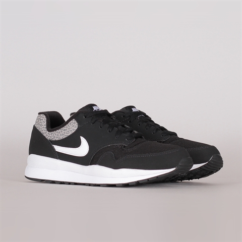 e7553cb4cb18 Nike Sportswear Air Safari (371740-009) ...