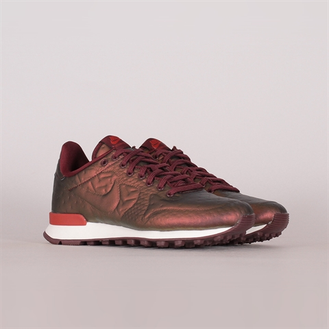 Shelta Nike SB Womens Bruin Low (AJ1440 001)