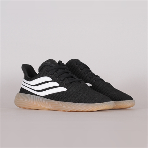a6632be6254 Adidas Originals Sobakov (AQ1135) ...